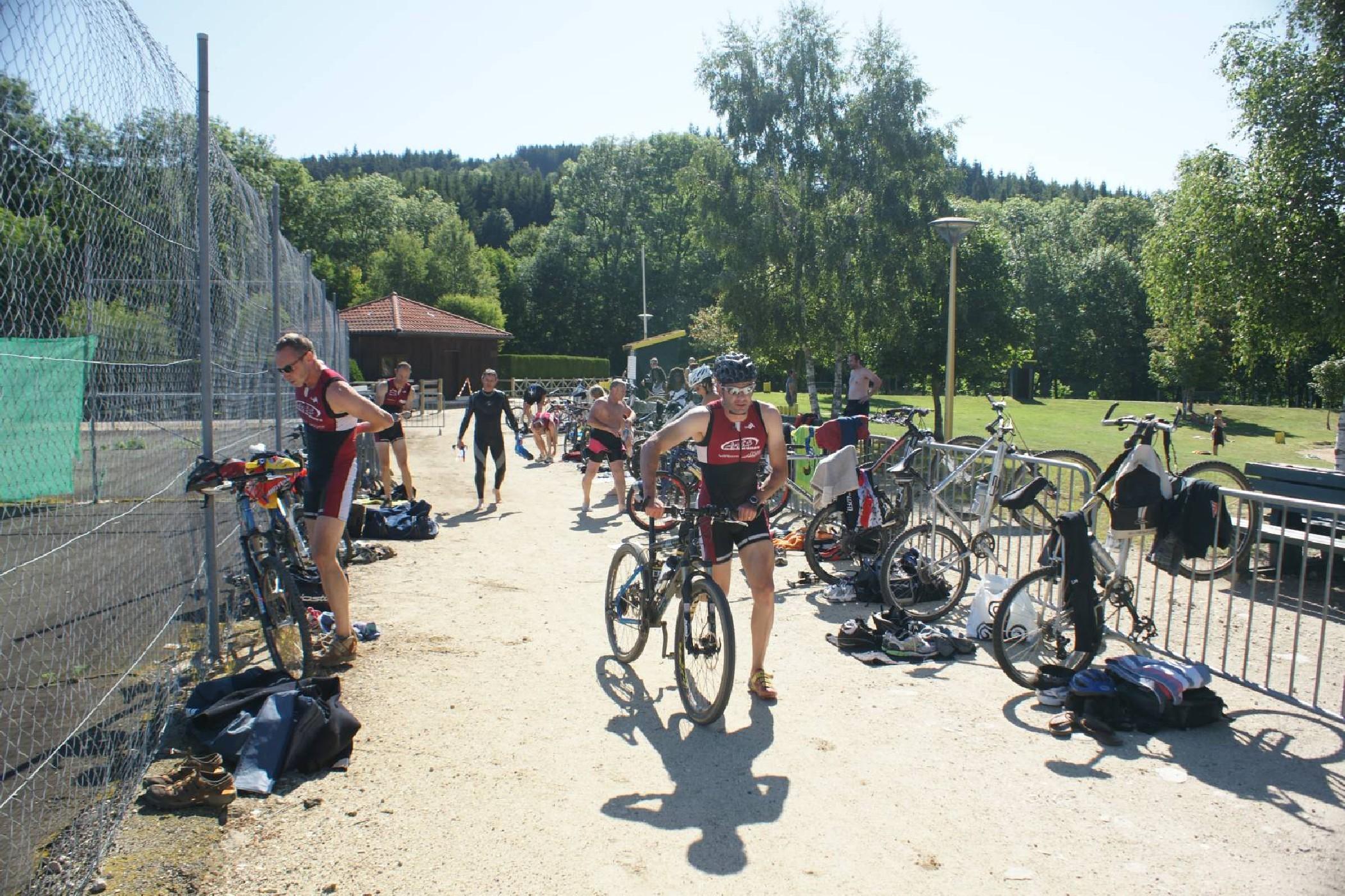 Triathlon à St Anthème le 25 Juin 2011-16
