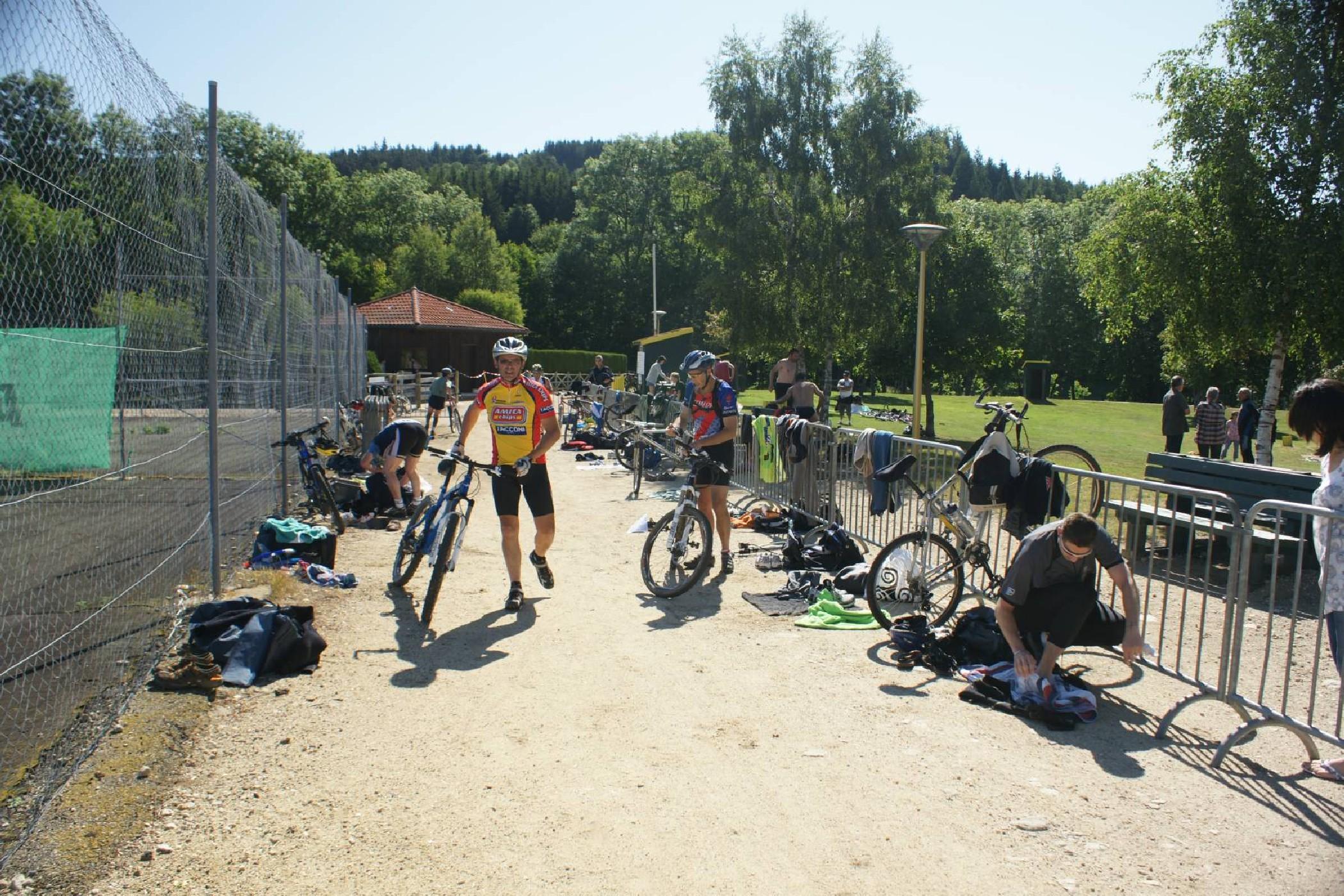 Triathlon à St Anthème le 25 Juin 2011-5